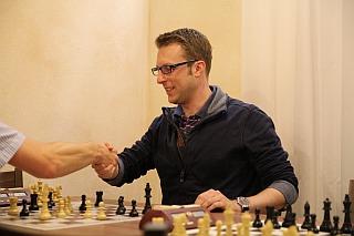 Erik Reder sichert sich in der letzten Runden den Turniersieg mit einem Sieg gegen Guido Steinmassl